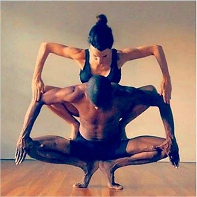 acroyoga yogadance